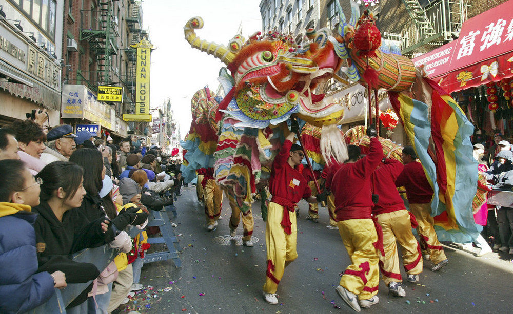 dragon-in-chinatown-nyc-lunar-year