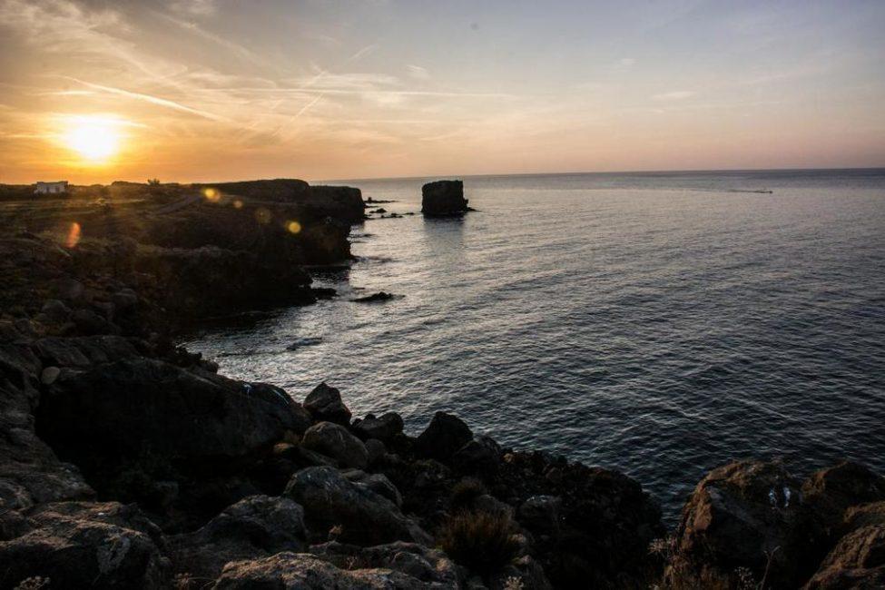 coucher de soleil italien en méditerranée