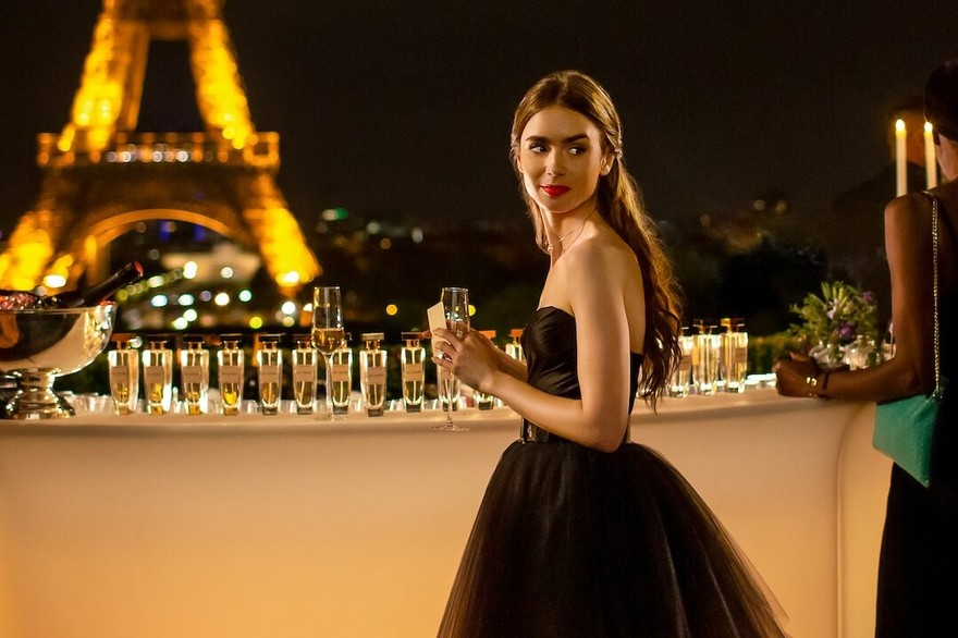 lily-collins-dans-emily-in-paris