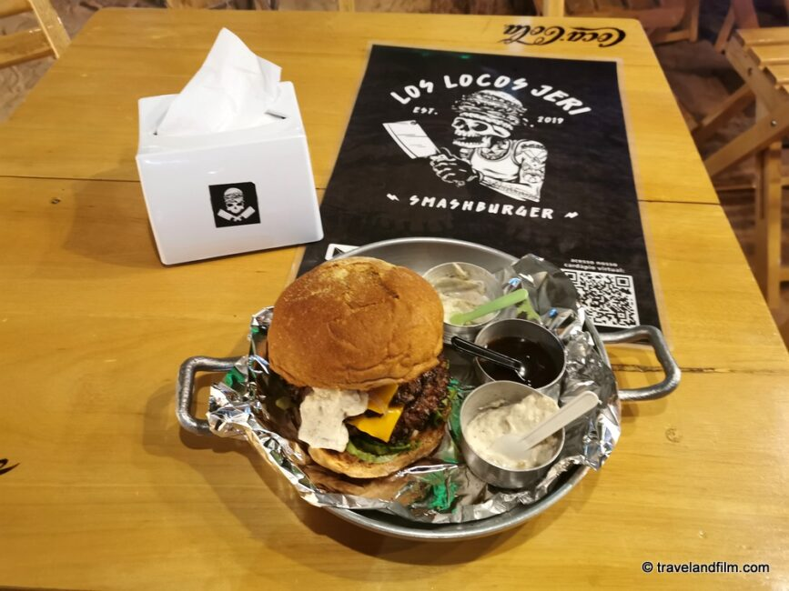los-locos-burgers-jericoacoara