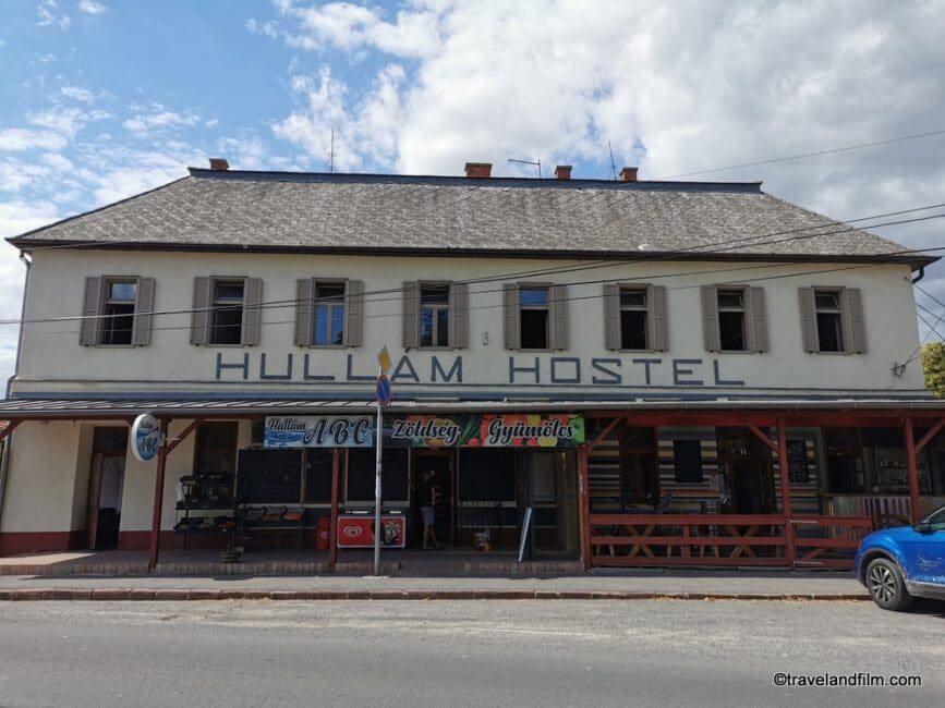 hullam-hostel-revfullop